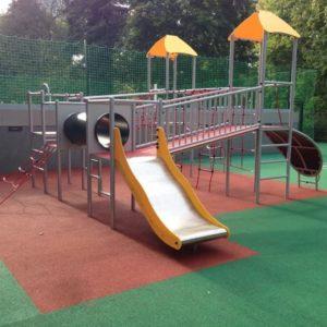 Leikkipuistovälineet