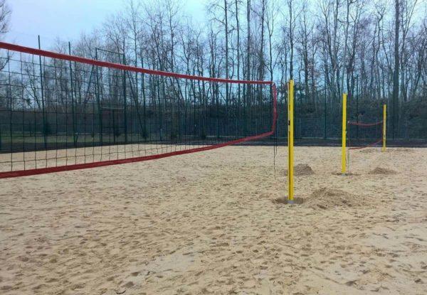rantalentopallo-tolpat-keltaisena-comas-sport