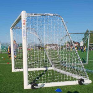 Helposti siirrettävä MTB jalkapallomaali 3x2m siirtorenkailla