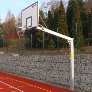 Maahan upotettettava koripalloteline ympärivuotiseen käyttöön